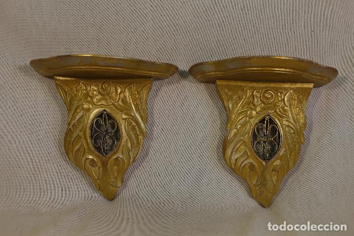 Antigüedades: pareja de mensulas en madera dorada - Foto 4 - 98995399