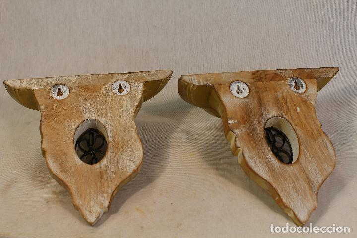 Antigüedades: pareja de mensulas en madera dorada - Foto 5 - 98995399