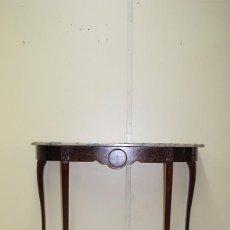 Antigüedades: CONSOLA ANTIGUA DE MADERA Y MARQUETERÍA. Lote 99018591