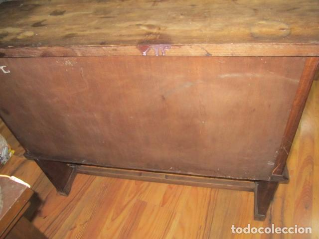 Antigüedades: Oportunidad aparador rústico de madera, con dos puertas. 90 x 29 x 74 cms. altura. - Foto 3 - 139377590