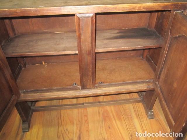 Antigüedades: Oportunidad aparador rústico de madera, con dos puertas. 90 x 29 x 74 cms. altura. - Foto 8 - 139377590