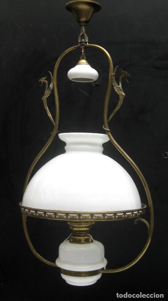Antigüedades: PRECIOSA RESTAURADA LAMPARA ANTIGUA TIPO QUINQUE CIRCA 1870 FRANCIA LATON Y OPALINA - Foto 2 - 99101527