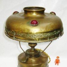 Antigüedades: MARAVILLOSA LAMPARA ANTIGUARESTAURADA CIRCA 1840 LATON PEDRERIA FRANCIA ANTIGUO QUINQUE ART NOUVEAU. Lote 99244835