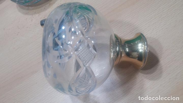 Antigüedades: Tres frascos de cristal grueso y pesado, lo tapones son de cristal macizo, parecen antiguos - Foto 17 - 99256303