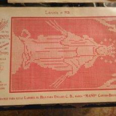 Antigüedades: LAMINA ENCAJE ENCAJES DE BOLILLO O RED - EL CONSULTOR DE BORDADOS AÑOS 20 VER MAS. Lote 99282119