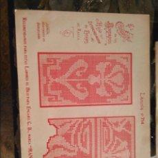 Antigüedades: LAMINA ENCAJE ENCAJES DE BOLILLO O RED - EL CONSULTOR DE BORDADOS AÑOS 20 VER MAS. Lote 99282127