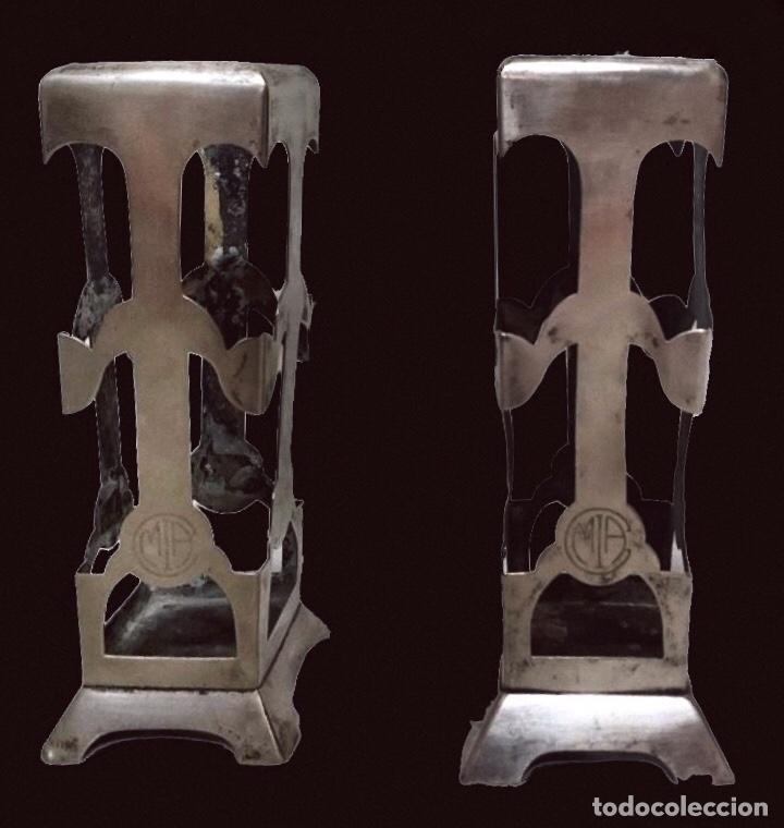ANTIGUOS JARRONES, BÚCAROS ,FLOREROS, ANAGRAMA DEL CASINO MERCANTIL DE ZARAGOZA. (Antigüedades - Hogar y Decoración - Floreros Antiguos)