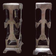 Antigüedades: ANTIGUOS JARRONES, BÚCAROS ,FLOREROS, ANAGRAMA DEL CASINO MERCANTIL DE ZARAGOZA.. Lote 89318652