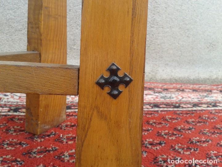 Antigüedades: silla descalzadora antigua de enea, taburete descalzador antiguo, banqueta descalzadora rústica - Foto 5 - 99349127