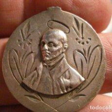 Antigüedades: PRECIOSA MEDALLA EN PLATA DE SAN IGNACIO DE LOYOLA NAVARRA - SIGLO XIX - MIRA OTRAS EN VENTA. Lote 99404307