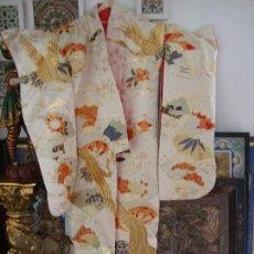 Antigüedades: KIMONO JAPONES SEDA BORDADO (UCHIKAKE). Lote 99557987