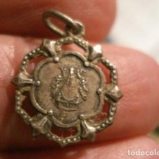 Antigüedades: BONITA MEDALLA RELIGIOSA EN PLATA - VIRGEN DE BEGOÑA GUIPUZCOA - SIGLO XIX - MIRA OTRAS EN VENTA. Lote 99695947