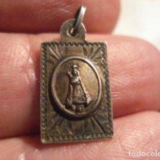 Antigüedades: BONITA MEDALLA RELIGIOSA EN PLATA - VIRGEN DEL REMEDIO - SIGLO XIX - MIRA OTRAS EN VENTA. Lote 99695983