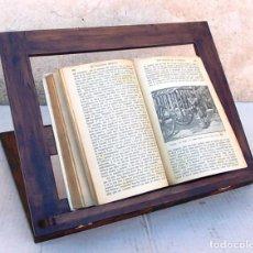 Antigüedades: ATRIL DE MADERA OSCURA PLEGABLE. Lote 141501376