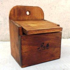Antigüedades: SALERO DE MADERA , UTENSILIO DE COCINA ,, MUE365. Lote 113857718