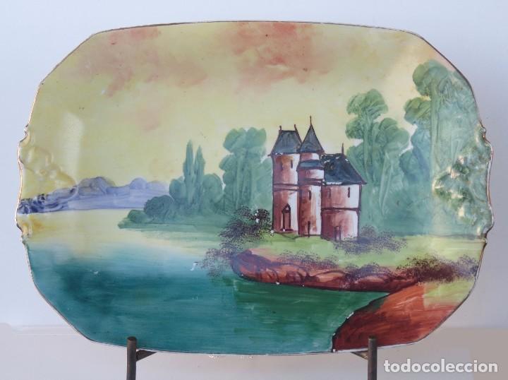 BANDEJA PORCELANA LIMOGES PINTADA A MANO. (Antigüedades - Porcelana y Cerámica - Francesa - Limoges)