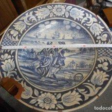 Antigüedades: GRAN PLATO FUENTE CERAMICA CATALANA CATALAN. Lote 99778259
