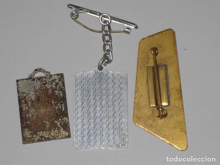 Antigüedades: LOTE MEDALLAS INSIGNIAS CHAPAS ITALIA PEREGRINACIÓN LOURDES - Foto 17 - 99910111