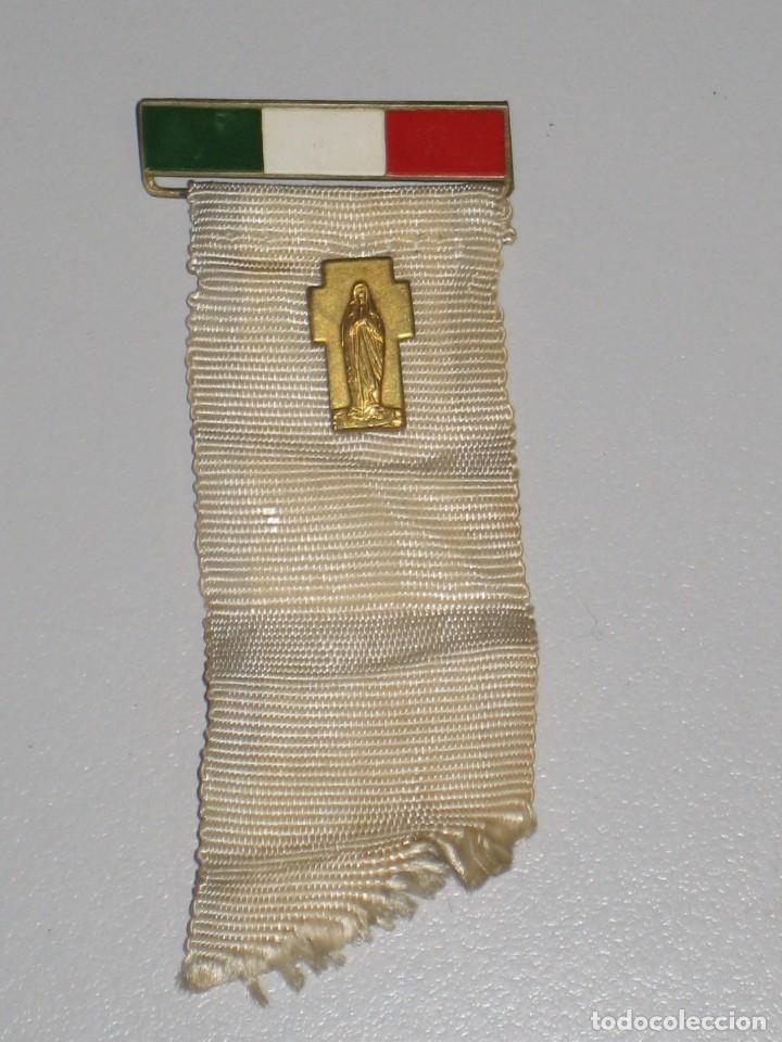 Antigüedades: LOTE MEDALLAS INSIGNIAS CHAPAS ITALIA PEREGRINACIÓN LOURDES - Foto 18 - 99910111