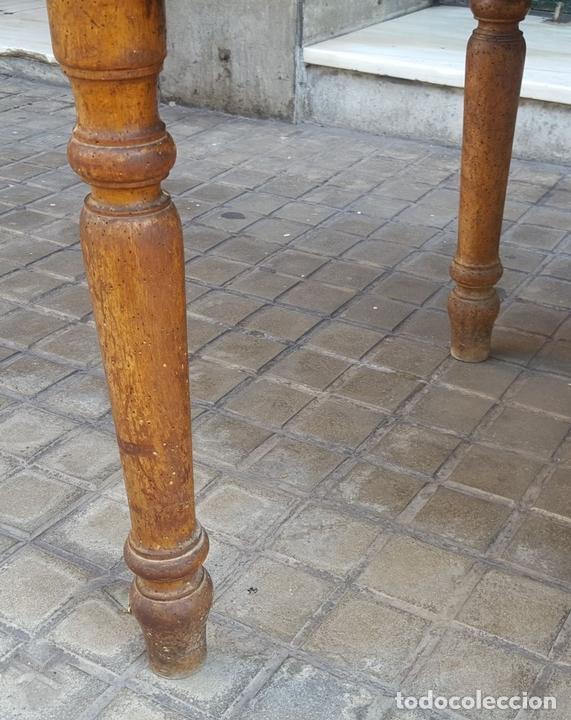 Antigüedades: MESA ESCRITORIO DOS SOCIOS. MADERA DE NOGAL. ESPAÑA. SIGLO XIX. - Foto 15 - 99920223