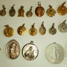 Antigüedades: LOTE DE 21 MEDALLITAS ANTIGUAS RELIGIOSAS. COLECCIÓN DE TODAS DIFERENTES. Lote 99946183