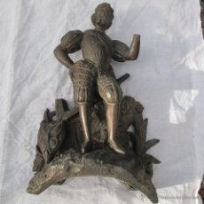 Antigüedades: FIGURA DE COPETE DE RELOJ. S. XIX. Lote 52900216