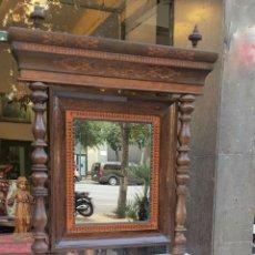 Antigüedades: CONJUNTO DE CONSOLA Y ESPEJO ESTILO IMPERIO. NOGAL CON MARQUETERIA DE BOJ. ESPAÑA. SIGLO XIX.. Lote 100028883
