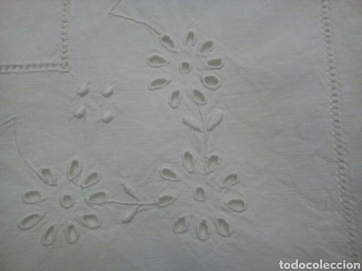 Antigüedades: * ANTIGUA SABANA BORDADA A MANO. 2,10 M. (Rf:LL-28/a*) - Foto 4 - 100137630