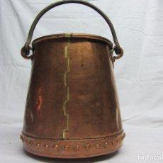 Antigüedades: CALDERO EN COBRE BATIDO SIGLO XVIII. Lote 100168963