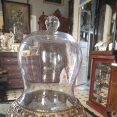 Antigüedades: LAMPARA O FANAL CRISTAL METAL CORONA ORFEBRERIA EN SU COLOR IDEAL VIRGEN SEMANA SANTA SANTO. Lote 100299015