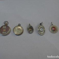 Antigüedades: * LOTE DE 5 ANTIGUO RELICARIO O MEDALLA CON RELIQUIA RELIGIOSA. ORIGINAL. LOTE 1. ZX. Lote 100300919