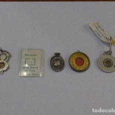 Antigüedades: * LOTE DE 5 ANTIGUO RELICARIO O MEDALLA CON RELIQUIA RELIGIOSA. ORIGINAL. LOTE 2. ZX. Lote 100301011