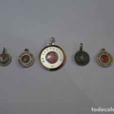 Antigüedades: * LOTE DE 5 ANTIGUO RELICARIO O MEDALLA CON RELIQUIA RELIGIOSA. ORIGINAL. LOTE 5. ZX. Lote 100301251