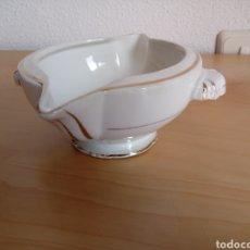 Antigüedades: SALSERA DE PORCELANA FRANCESA TIPO VIEJO PARÍS. Lote 100423396
