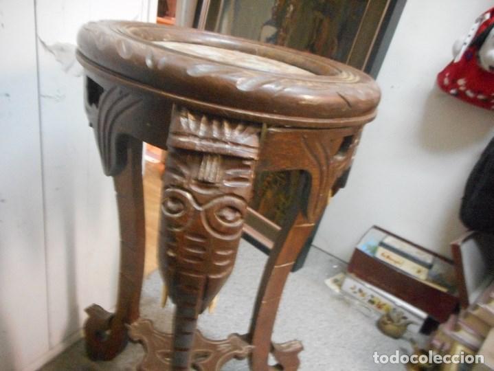 Antigüedades: antigua mesa mesita velador de procedencia indu patas elefante con colmillo marfil - Foto 2 - 100425635