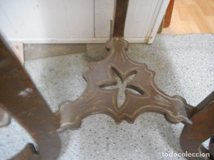 Antigüedades: antigua mesa mesita velador de procedencia indu patas elefante con colmillo marfil - Foto 7 - 100425635