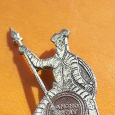 Antigüedades: PIN PROPAGANDA AÑOS 50 SHERRY SANCHO SPAIN. Lote 100426671