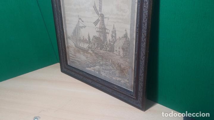 Antigüedades: Antiguo cuadro tapiz con un velero , con un marco en madera precioso - Foto 5 - 100473571