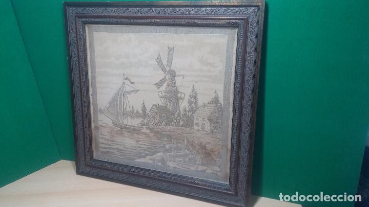 Antigüedades: Antiguo cuadro tapiz con un velero , con un marco en madera precioso - Foto 8 - 100473571