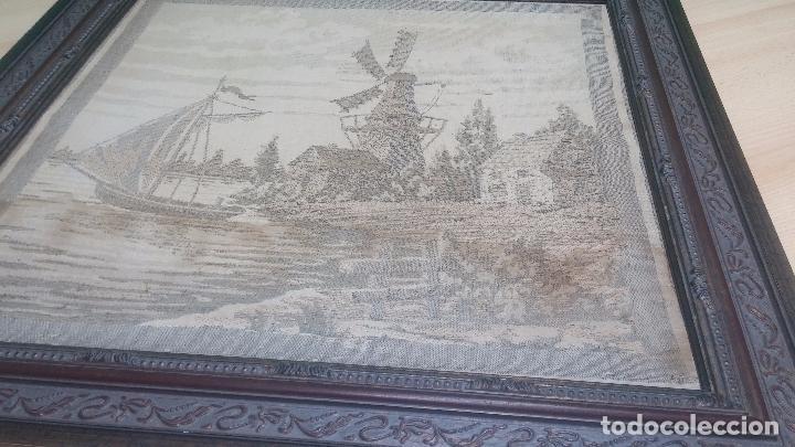 Antigüedades: Antiguo cuadro tapiz con un velero , con un marco en madera precioso - Foto 13 - 100473571