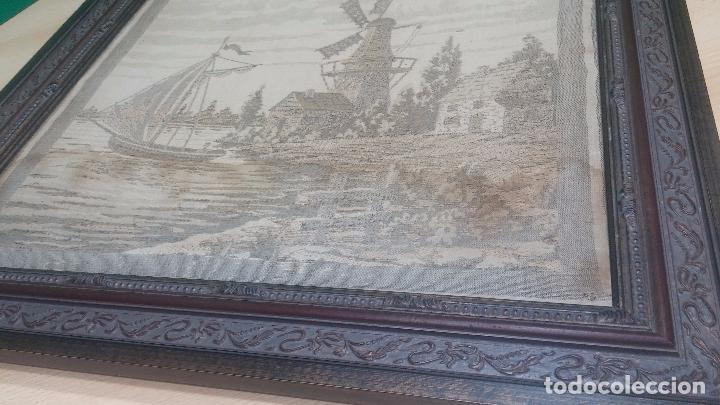 Antigüedades: Antiguo cuadro tapiz con un velero , con un marco en madera precioso - Foto 14 - 100473571