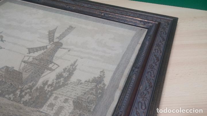 Antigüedades: Antiguo cuadro tapiz con un velero , con un marco en madera precioso - Foto 20 - 100473571