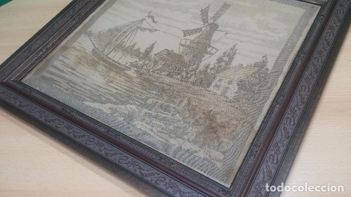 Antigüedades: Antiguo cuadro tapiz con un velero , con un marco en madera precioso - Foto 23 - 100473571