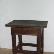 Antigüedades: MESITA RUSTICA CON CAJON S. XIX. Lote 100505763