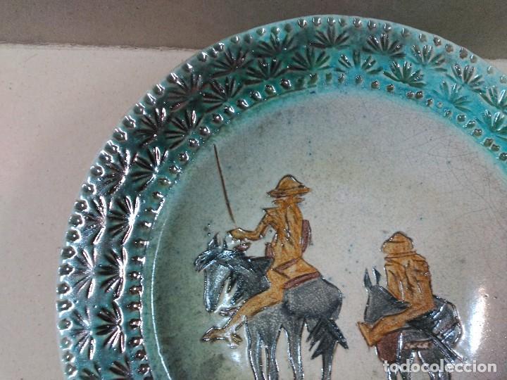 Antigüedades: PLATO DE DON QUIJOTE Y SANCHO PANZA DE CERAMICA GUADIAMURO - Foto 2 - 100508975