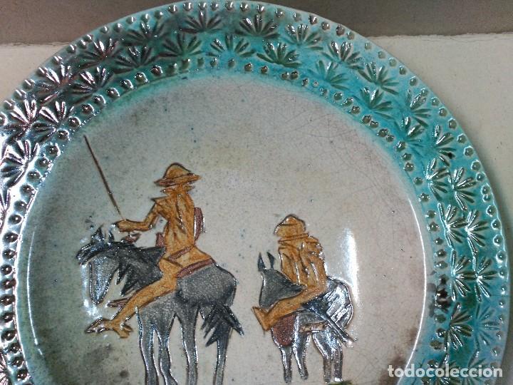 Antigüedades: PLATO DE DON QUIJOTE Y SANCHO PANZA DE CERAMICA GUADIAMURO - Foto 3 - 100508975