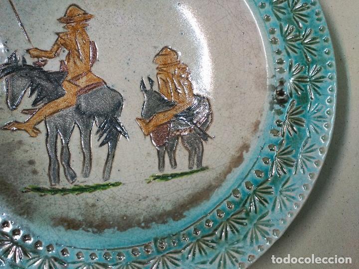 Antigüedades: PLATO DE DON QUIJOTE Y SANCHO PANZA DE CERAMICA GUADIAMURO - Foto 4 - 100508975