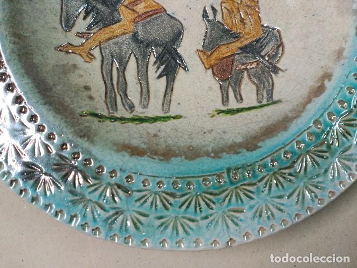 Antigüedades: PLATO DE DON QUIJOTE Y SANCHO PANZA DE CERAMICA GUADIAMURO - Foto 5 - 100508975