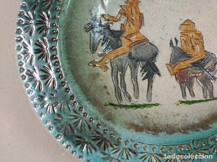 Antigüedades: PLATO DE DON QUIJOTE Y SANCHO PANZA DE CERAMICA GUADIAMURO - Foto 6 - 100508975