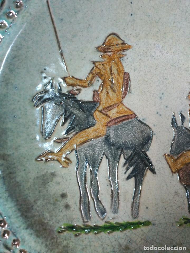 Antigüedades: PLATO DE DON QUIJOTE Y SANCHO PANZA DE CERAMICA GUADIAMURO - Foto 8 - 100508975